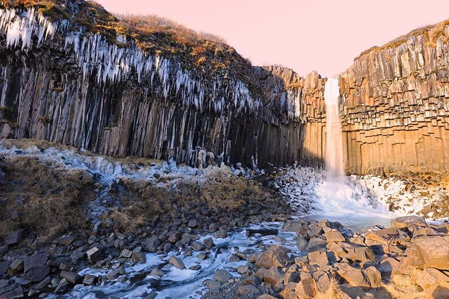 Things to see in Iceland - Svartifoss in Skaftafell NP