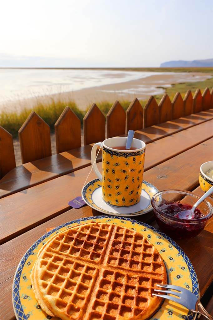 Franska kaffihusid - French Cafe at Raudasandur Beach in the Westfjords in Iceland