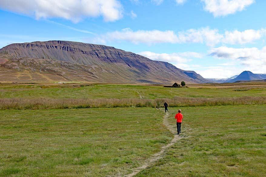 Walking path to Grafarkirkja