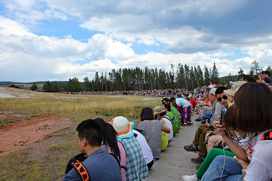 Crowds at the Old Faithful in summer