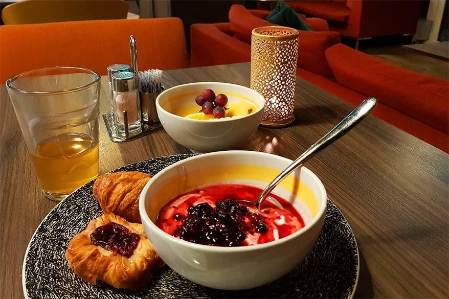 Most Svalbard hotels offer free breakfast