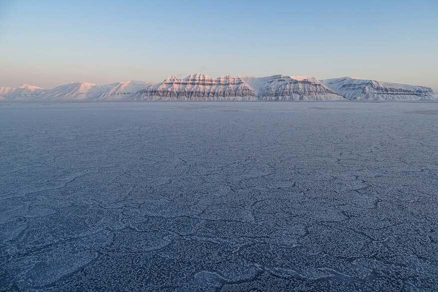 Spitsbergen fjord cruise
