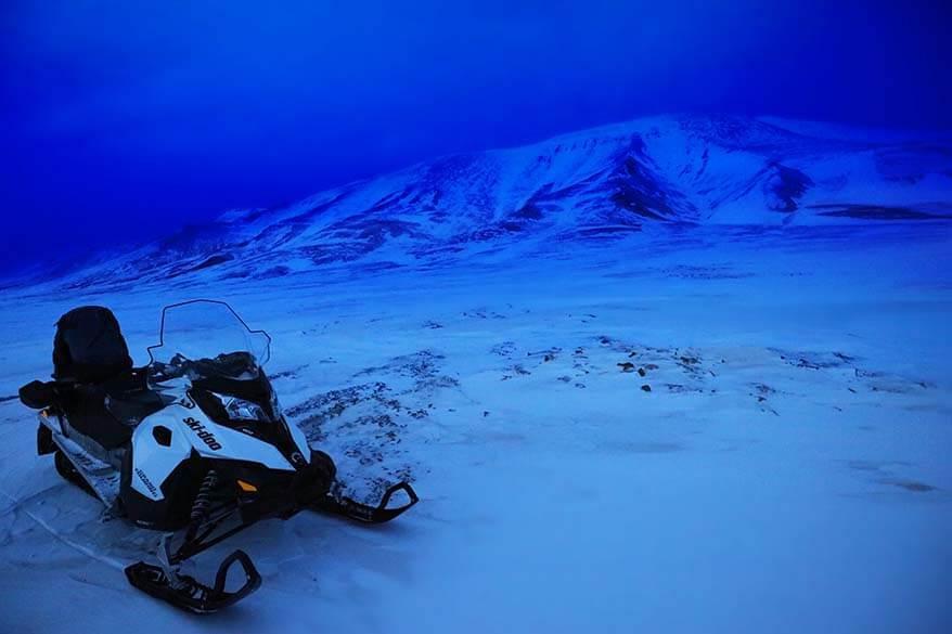 Svalbard Snowmobile tours