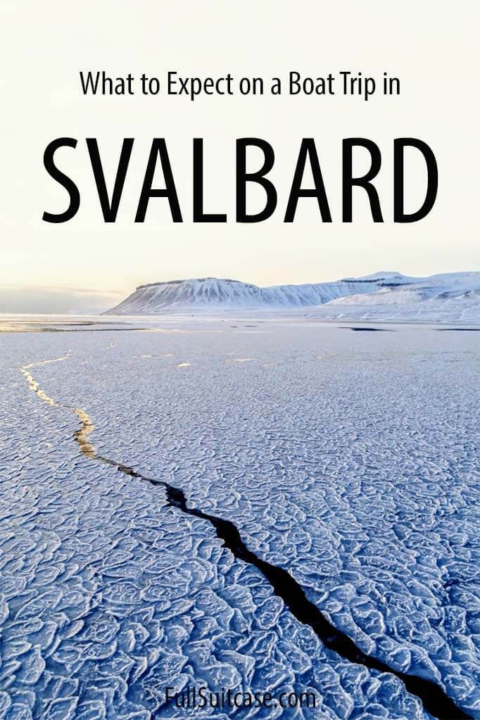 Svalbard boat trip in winter