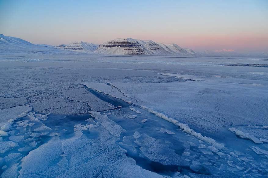 Svalbard cruise - boat trip to Nordenskioldbreen and Pyramiden