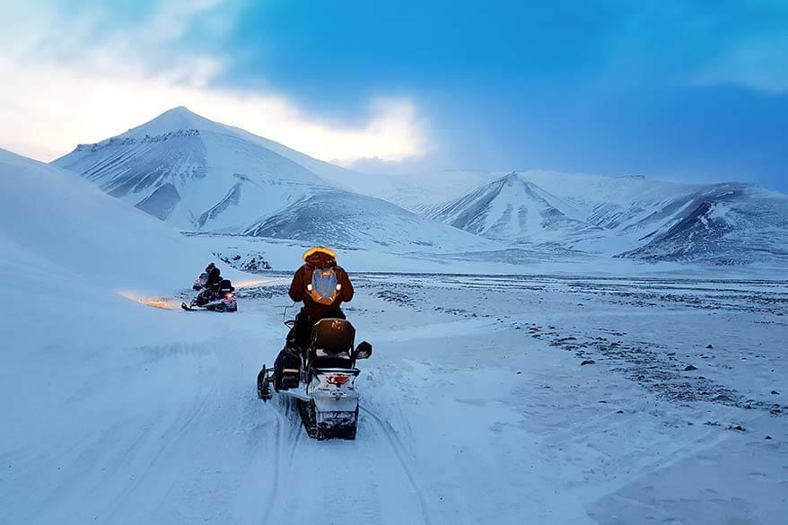 Svalbard snowmobile tour day trip to Barentsburg
