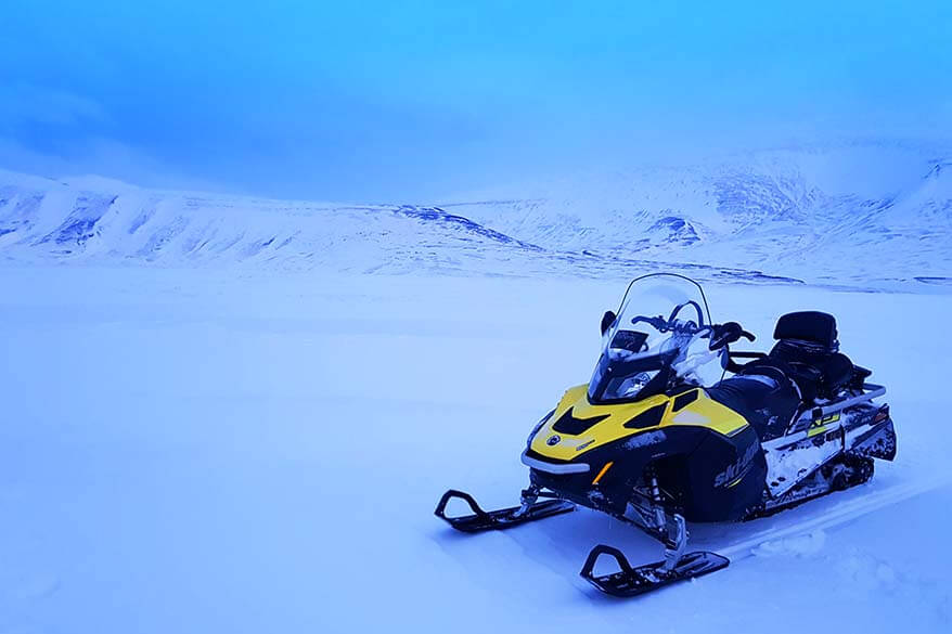 Svalbard snowmobile trip with Better Moments