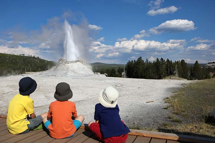 First-timer's Guide to the Upper Geyser Basin in Yellowstone (+ Map & Tips)