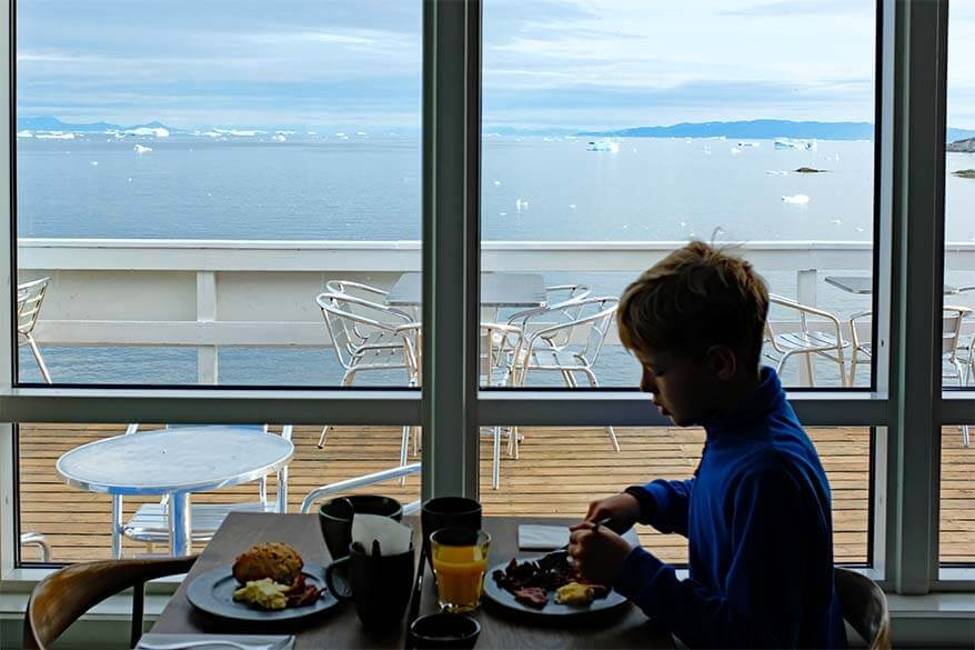 Breakfast with a view of Baffin Bay - Hotel Icefiord in Ilulissat