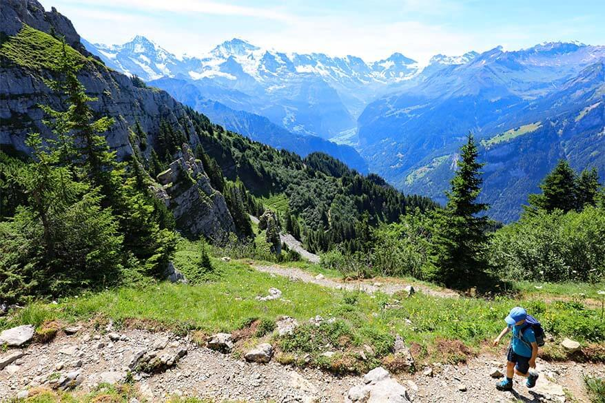 Hiking from Schynige Platte to Daube
