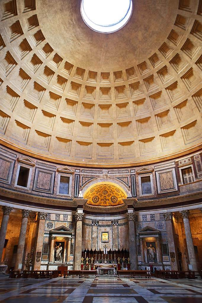 Pantheon in Rome - almost empty just before the closing time