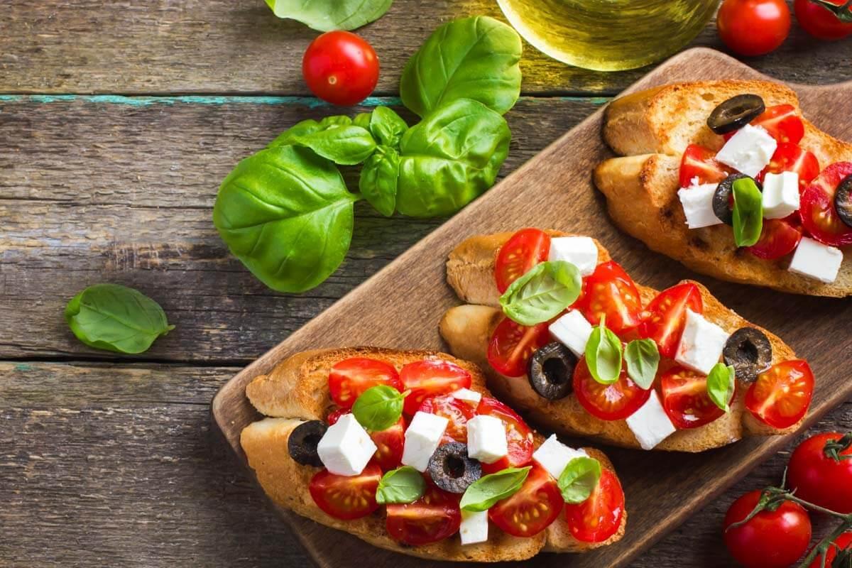 Best Traditional Italian Food by Region (+Map)