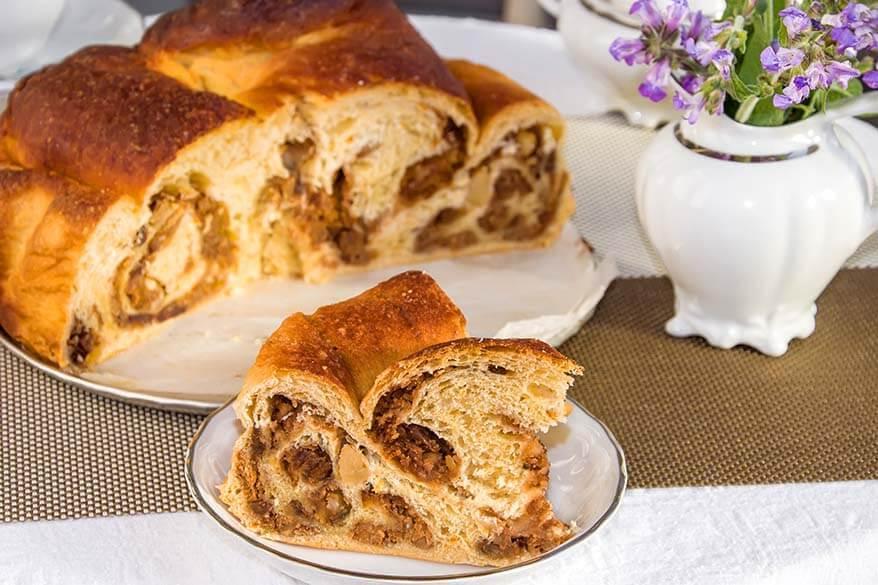 Gubana cake