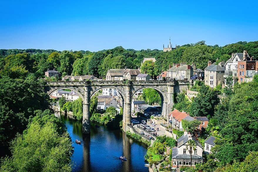 Knaresborough Castle and town
