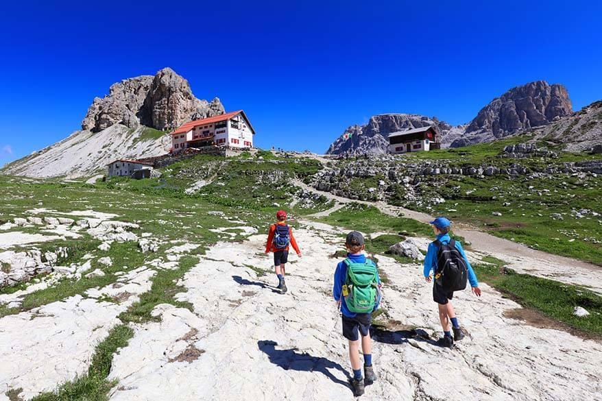 Kids hiking to Rifugio Locatelli at Tre Cime