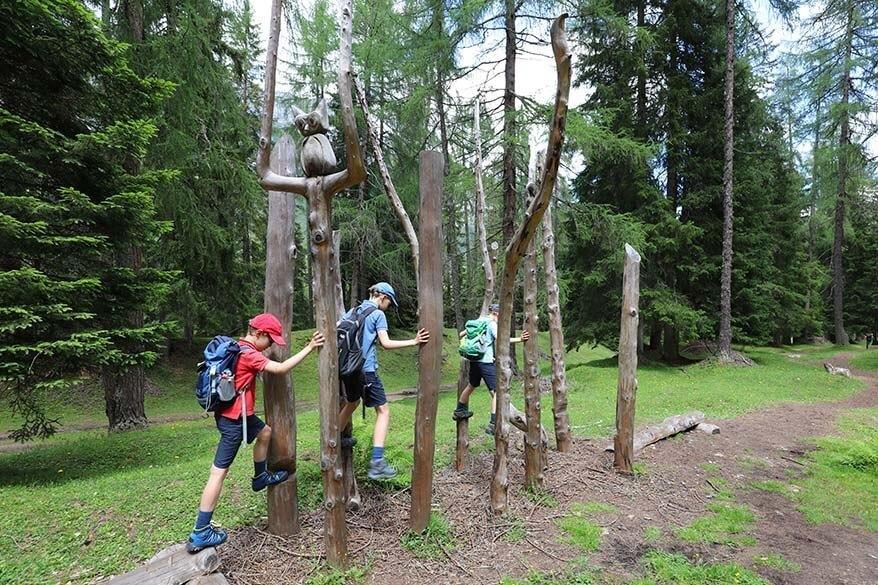 Abendweide - Weg der Sinne trail at Schlick 2000