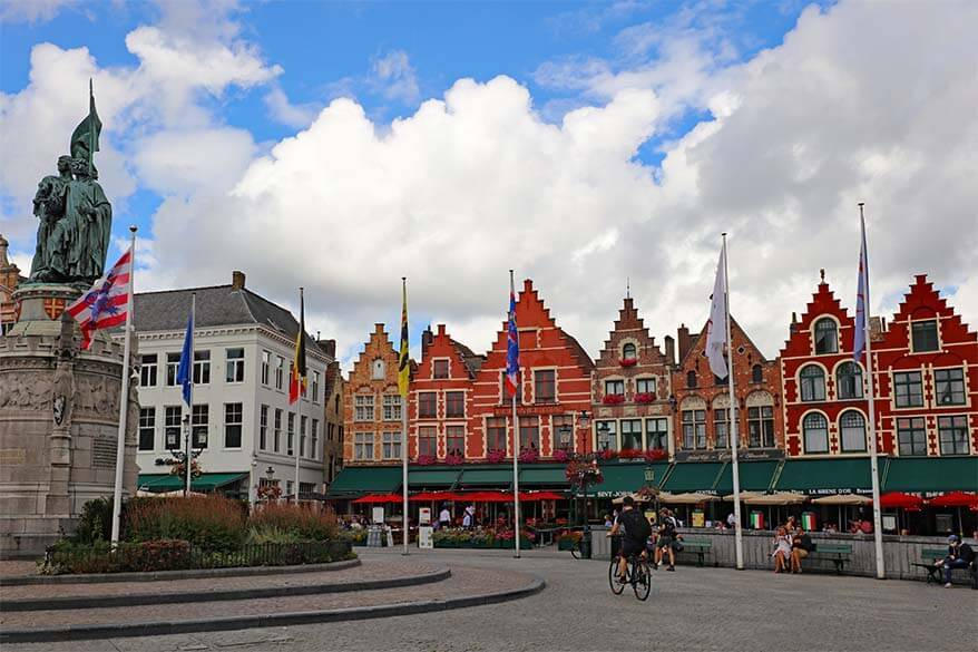 Best things to do in Bruges - Markt