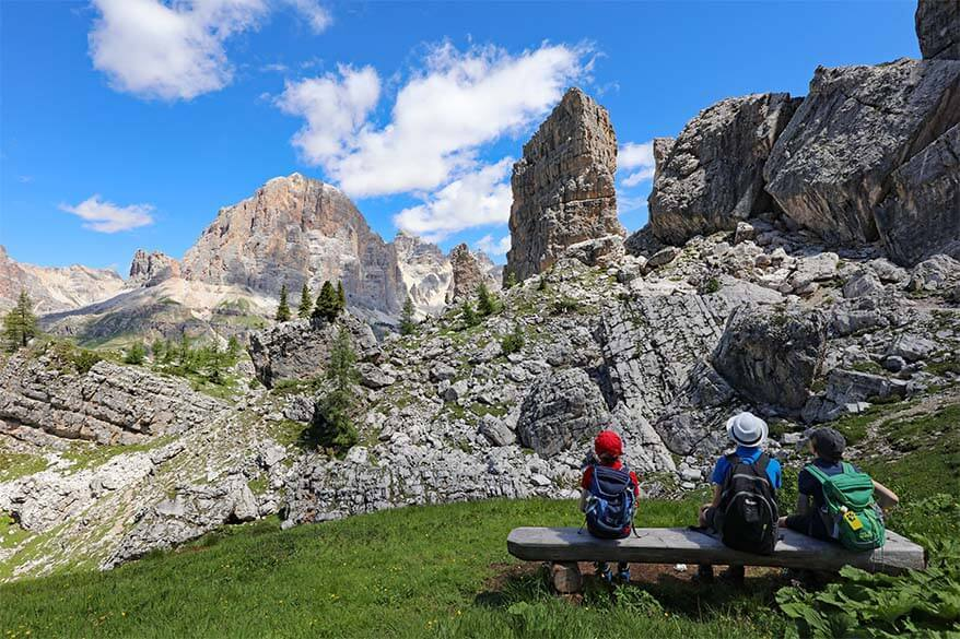 Picnic with a view on the 5 towers of Cinque Torri