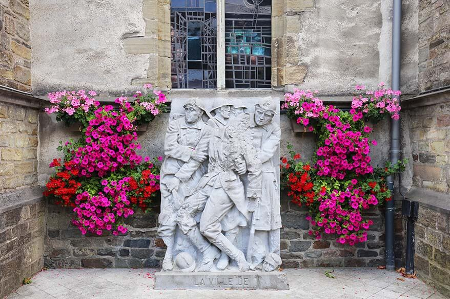 War monument outside of St Peter Church in Bastogne