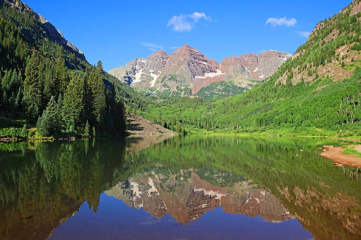 How to Visit Maroon Bells & Hike the Crater Lake Trail