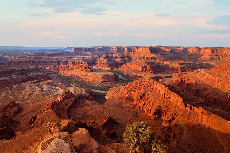 Meander Overlook at Dead Horse Point State Park at sunset