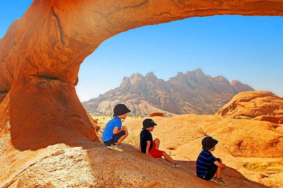 16 Top Tips & Tricks for Traveling with Kids