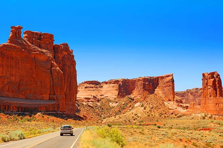 Arches Scenic Drive - must do in Arches National Park
