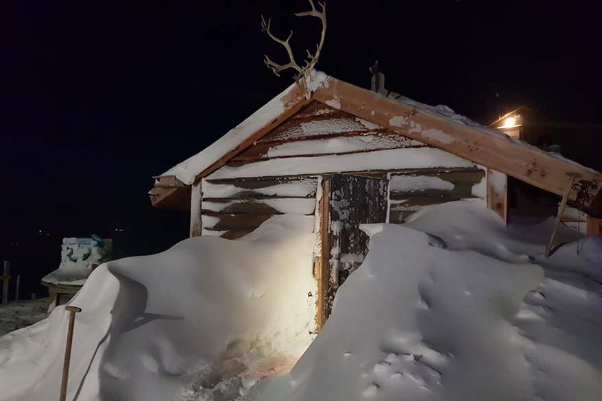 Cabin at Green Dog Svalbard headquarters