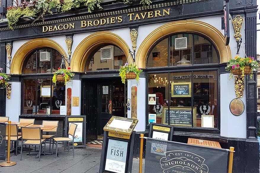 Deacon Brodie's Tavern on the Royal Mile in Edinburgh
