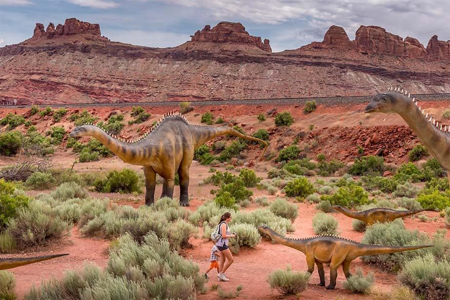 Moab Giants dinosaur park