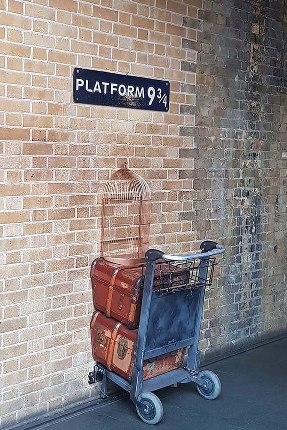 Harry Potter Platform 934 King's Cross Train Station London
