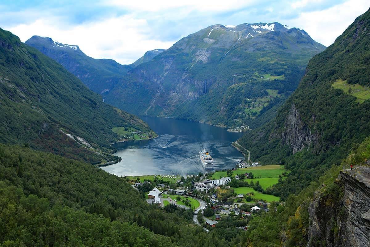 Cruising Norway: 12 Great Reasons to Visit Norway by Cruise Ship