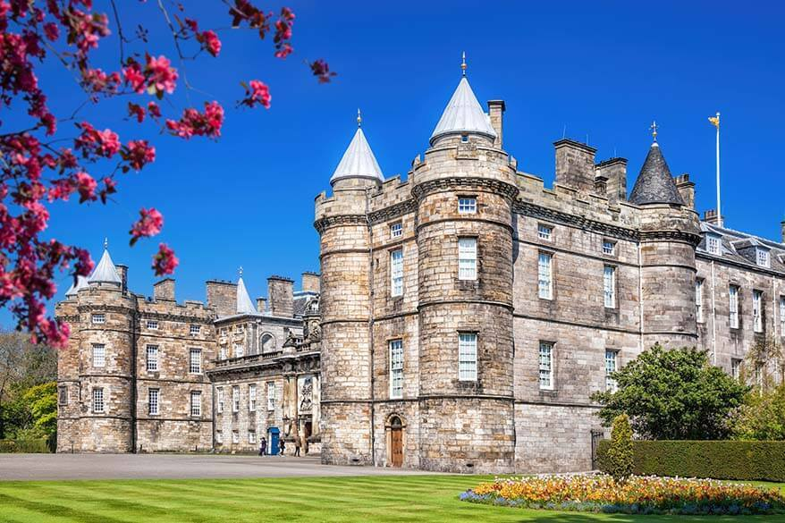 Palace of Holyroodhouse - best things to do in Edinburgh