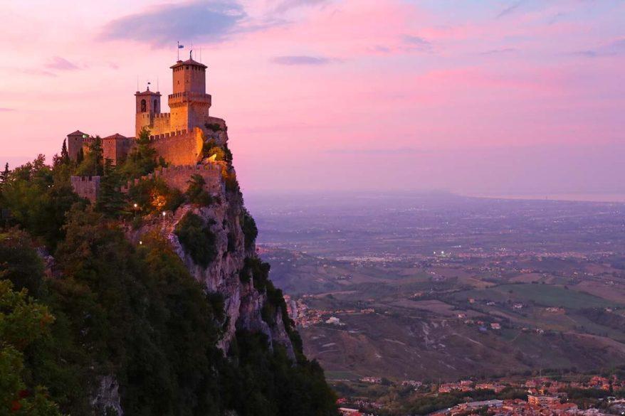 San Marino hotel guide