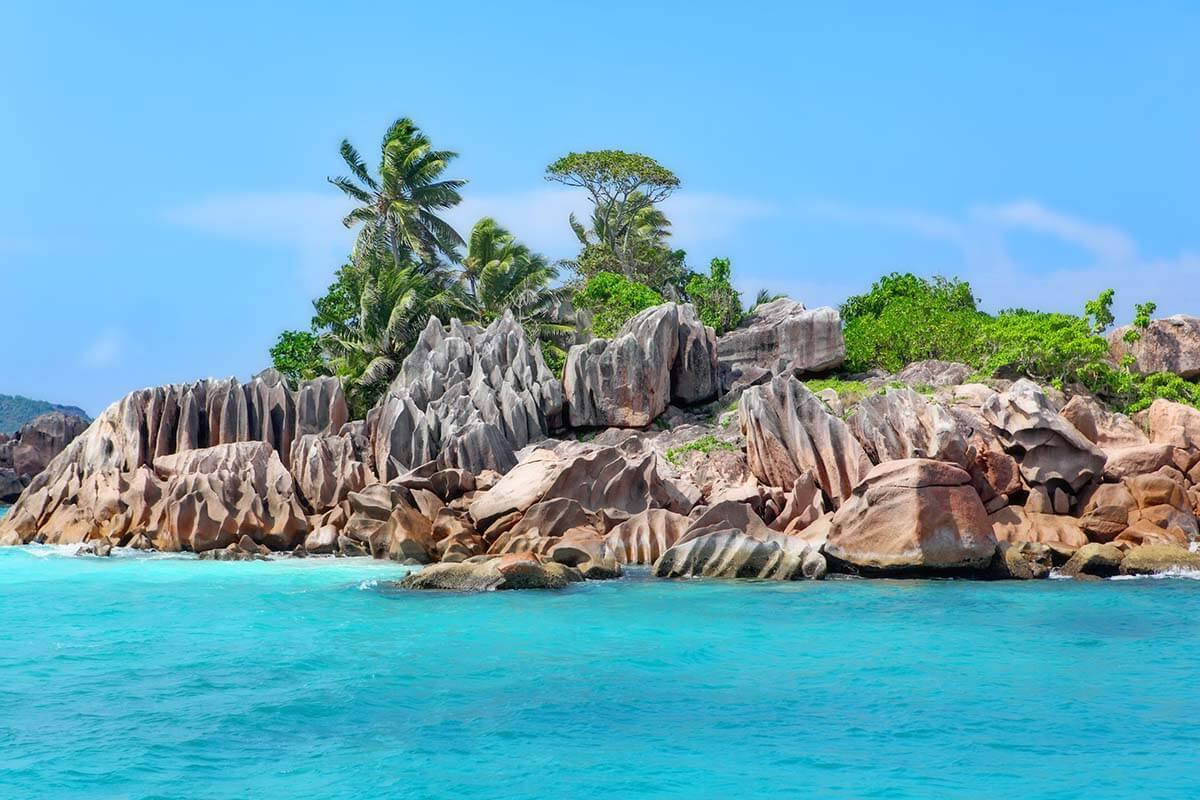 Island Hopping in Seychelles (+How You Can Do It Too)