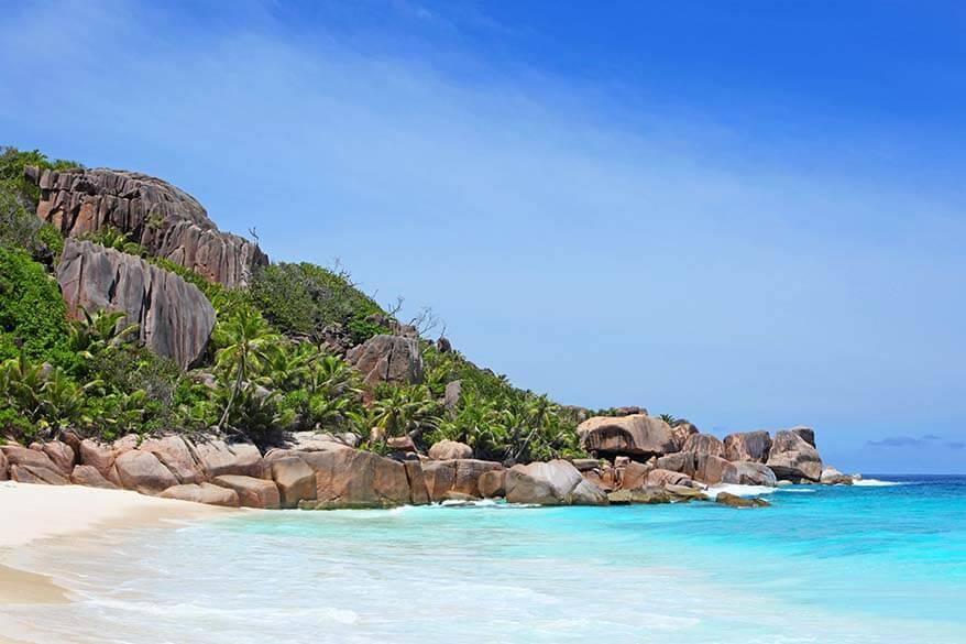 White sand beach on Grande Soeur Island in Seychelles