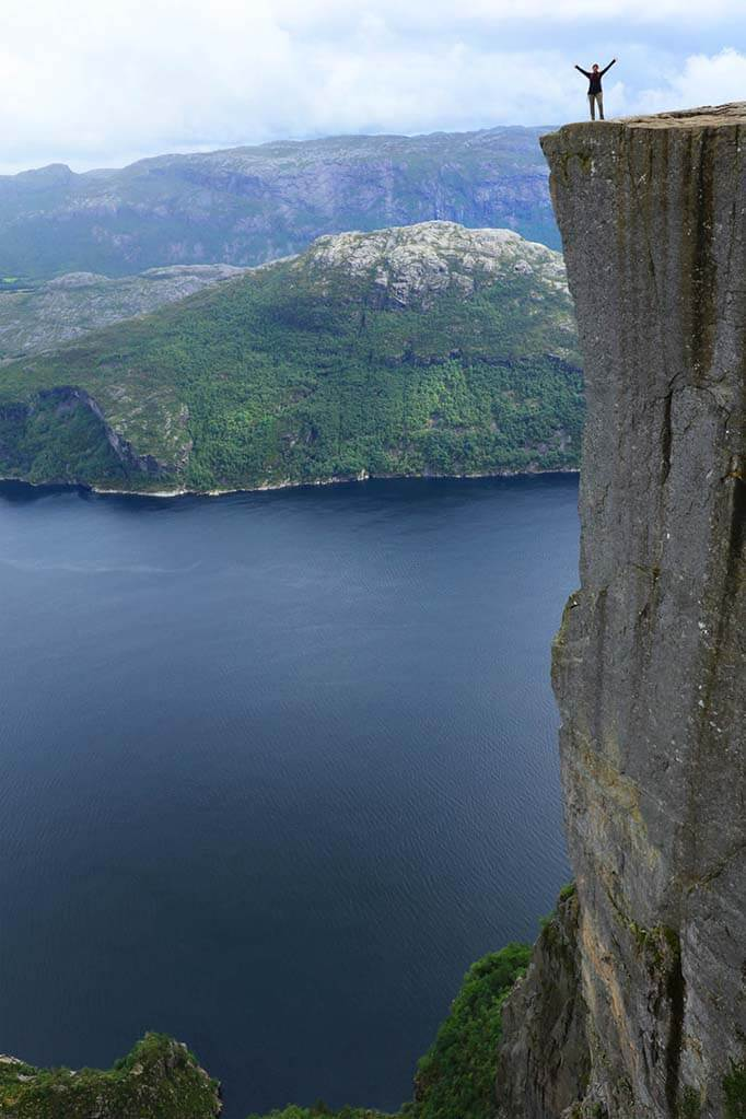 Beautiful travel pictures - Pulpit Rock in Norway