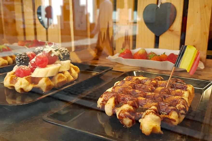 Liege waffles - Belgian waffles in Belgium