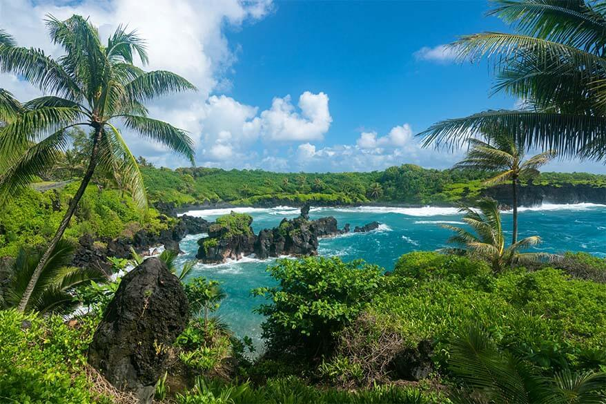 Best Maui activities - drive the Road to Hana