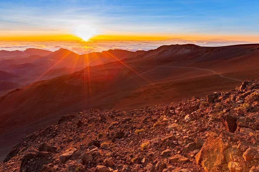 Best activities in Maui - sunrise at Mt Haleakala