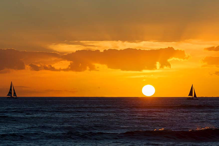 Best tours in Maui - sunset cruise