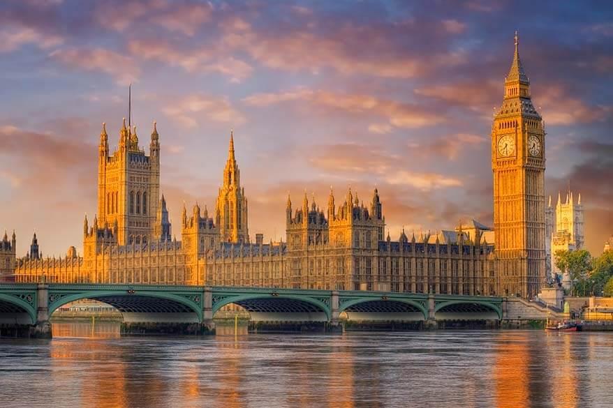 Best London views - Westminster Bridge, Parliament, and Big Ben