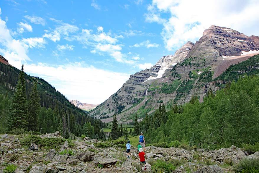 Hiking to Crater Lake - one of the best hikes near Aspen