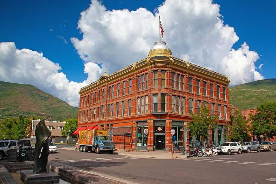 Ute Mountaineer in downtown Aspen