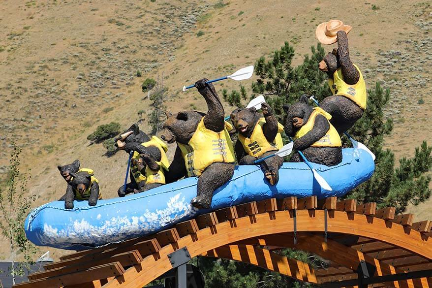 Whitewater rafting tours in Jackson Hole Wyoming
