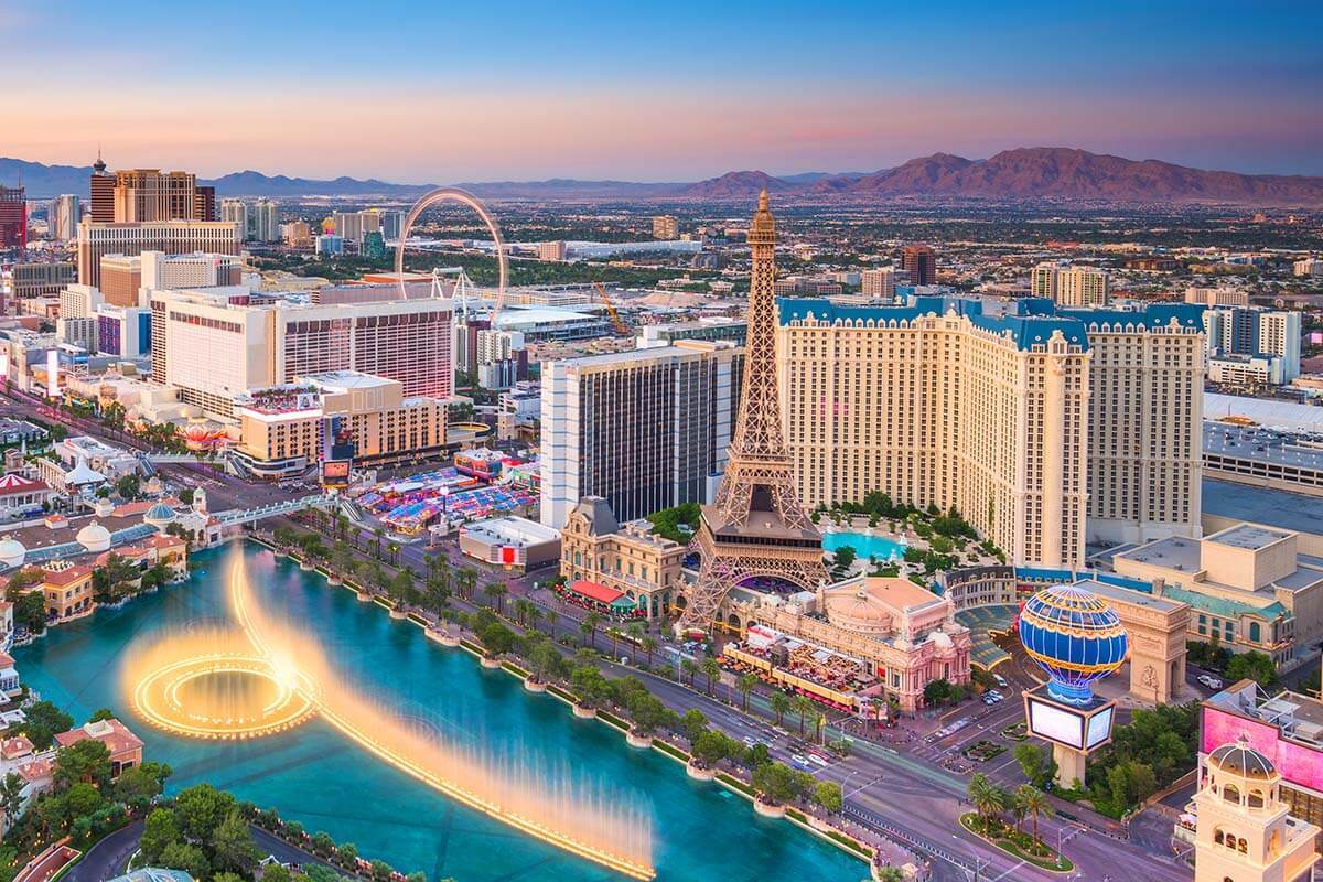 23 Absolute Best Things to Do in Las Vegas (+ Map & Tips)