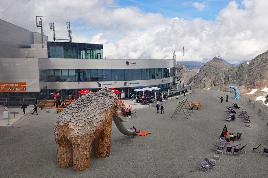 Eisgrat mountain station at Stubai Glacier
