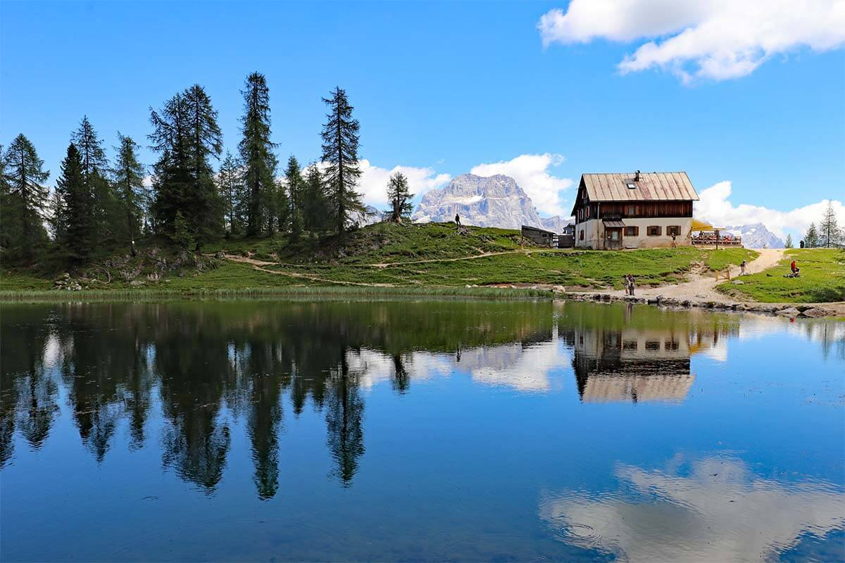 Lago Federa Hike from Passo Giau via Forcella Ambrizzola  (+Map & Tips)