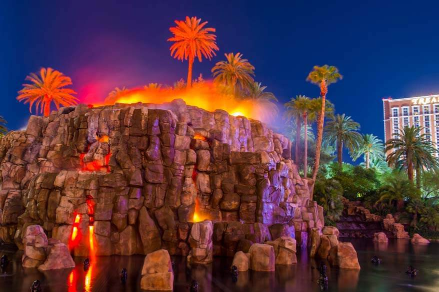 Las Vegas tips - visit free attractions such as The Volcano