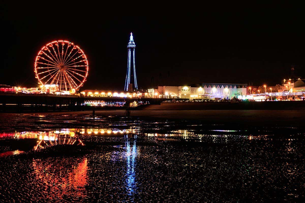 Central Pier Big Wheel in Blackpool at night